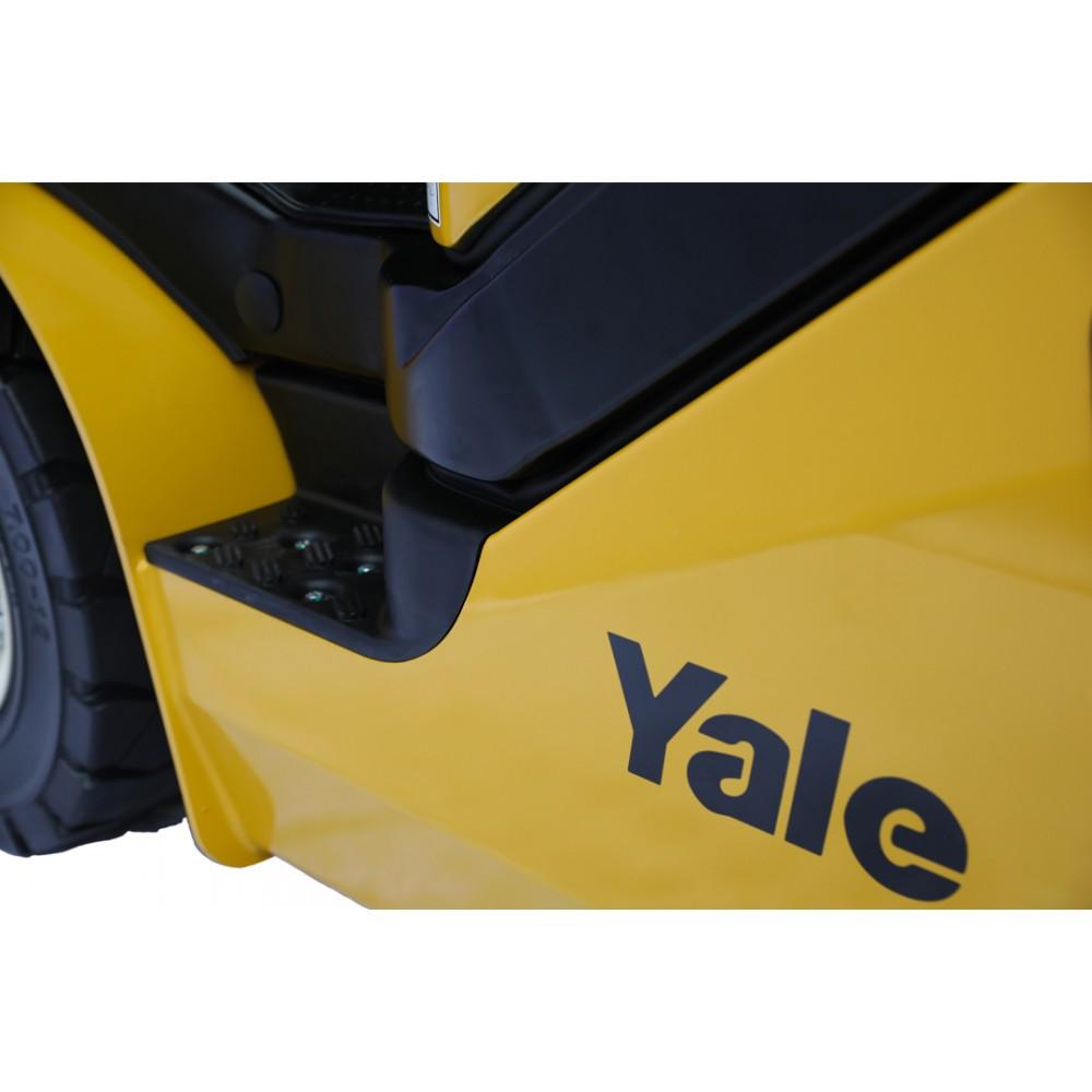 Вилочный погрузчик Yale GDP30UX